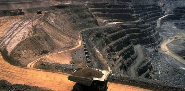 How can mining help to change South Africa's economic outlook after the country emerges from the COVID-19 crisis?