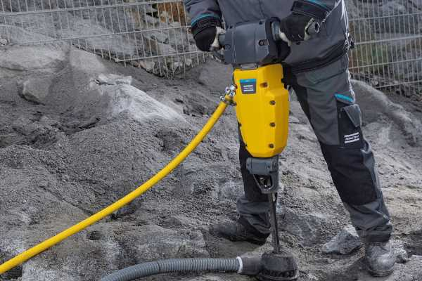 Productivity up by 17% noise levels down by 75% - Atlas Copco Surface Rock Drills rock!