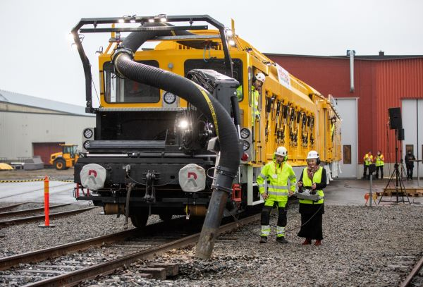 Epiroc partner Railcare launches battery-powered railway maintenance vehicle