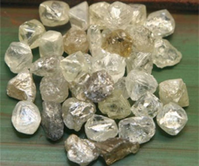 Angola looks to Indian companies for investment in diamond mining and processing