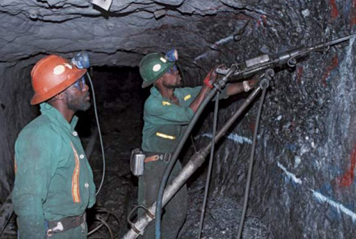 Zimbabwe gets new mining laws and policies to ensure transparency